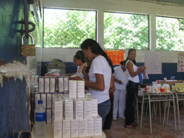 COFOA Leaders Bring Medical Services To 200 People In El Calix, El Salvador