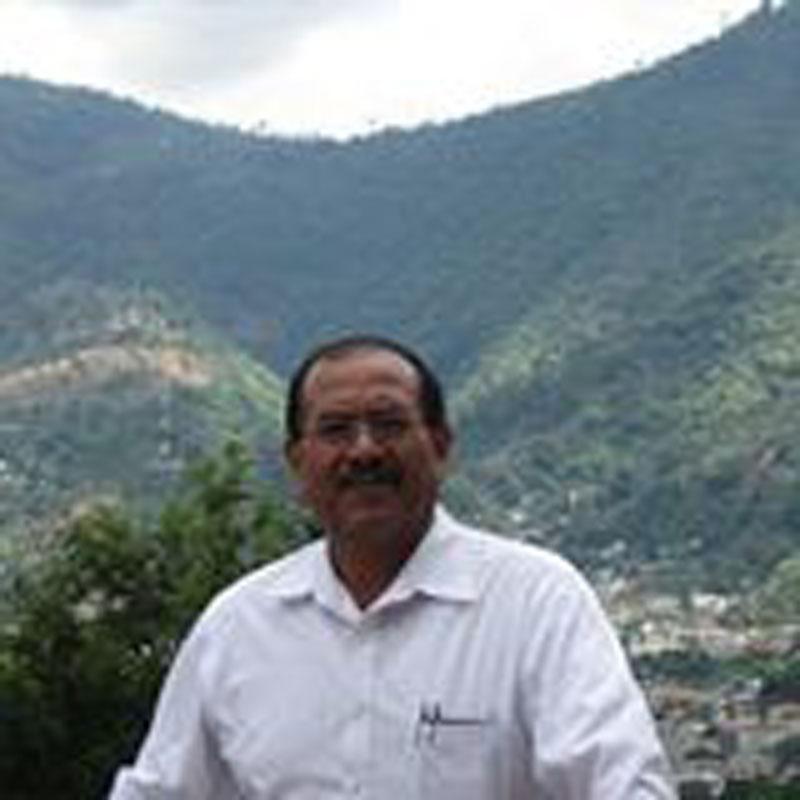 Alberto Velazquez